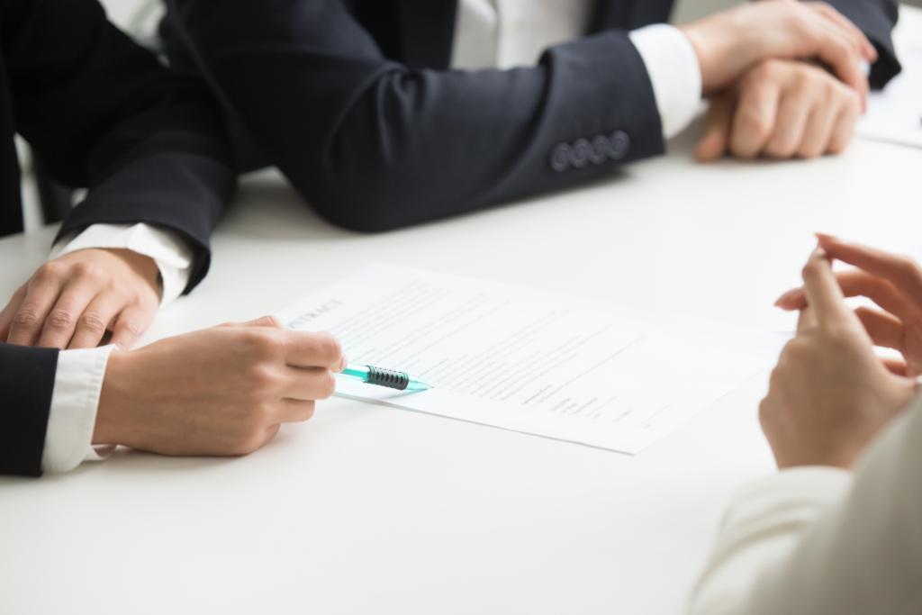 Recruiter engaging in behavioural interviewing